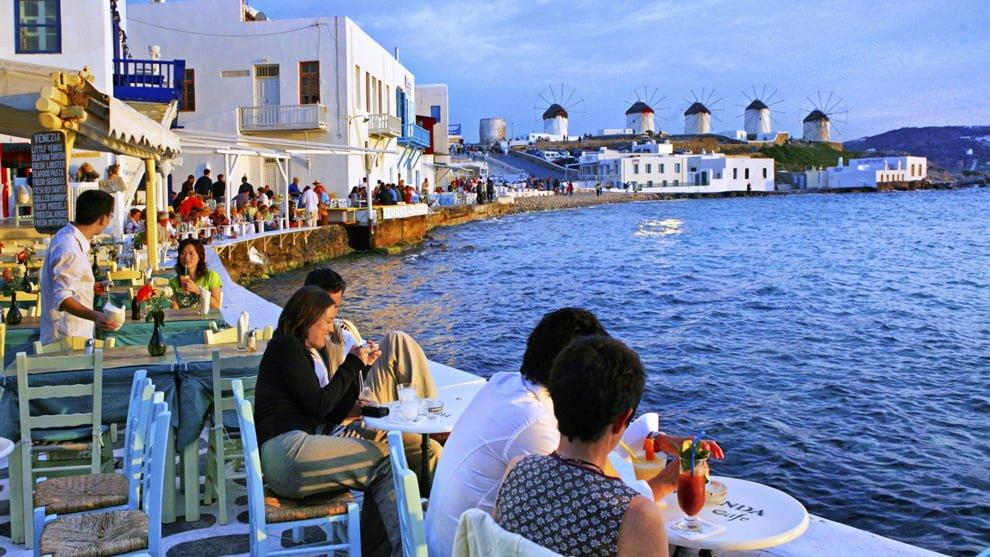 Το σχέδιο της κυβέρνησης για τουρισμό, νησιά κι εστίαση, ξενοδοχεία, παραλίες και σκάφη αναψυχής