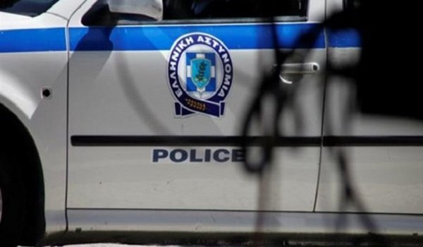 Σύλληψη 21χρόνου αλλοδαπού με πλαστή άδεια διαμονής