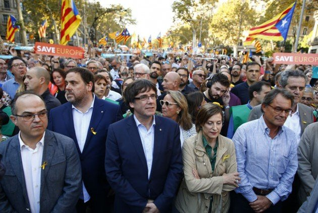 Ισπανία: Σε δίκη 18 για την απόπειρα απόσχισης της Καταλονίας