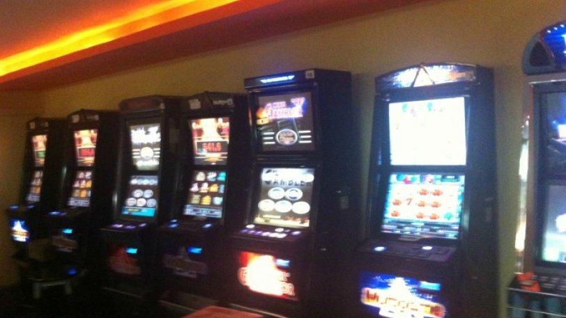 Στον εισαγγελέα πέντε συλληφθέντες για παράνομα τυχερά παιχνίδια