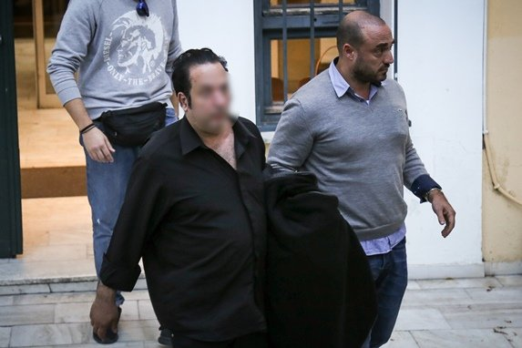 Στον εισαγγελέα το κύκλωμα των ΧΡΥΣΟ…δάκτυλων! Σφοδρή αντίδραση του συνηγόρου στις δηλώσεις Τσίπρα στη Βουλή (ηχητικό)