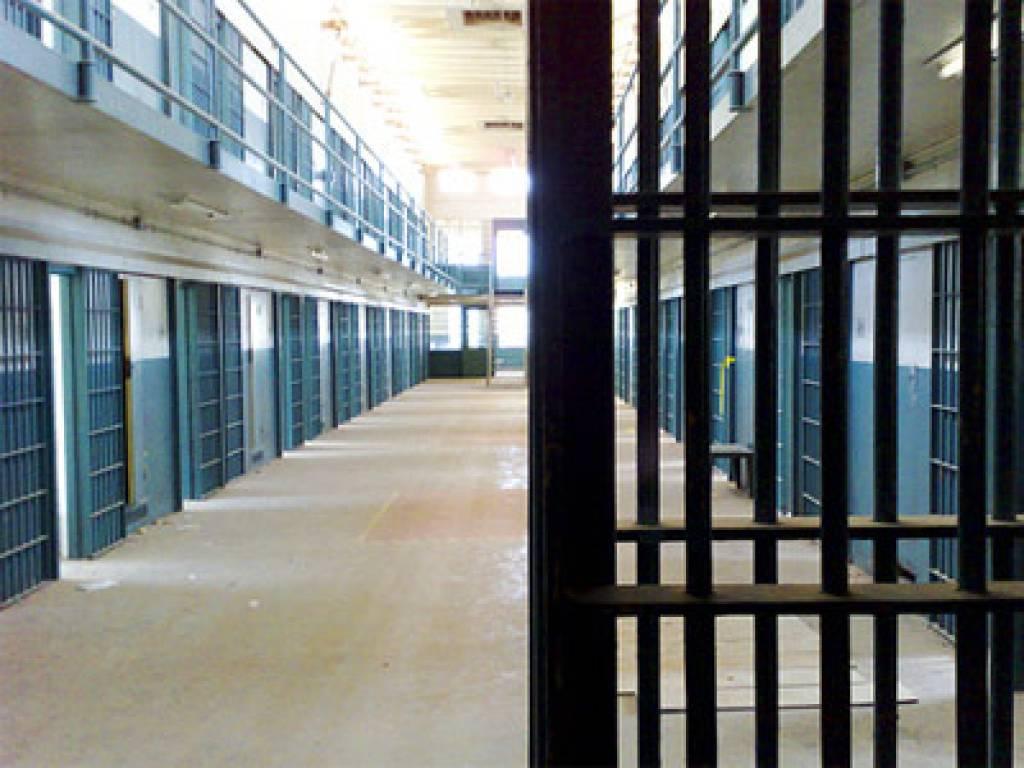 Ευρωδικαστήριο: Και δεύτερη καμπάνα 110.000€ στην Ελλάδα για βασανιστήρια αστυνομικών σε 11 κρατούμενους στα Γρεβενά