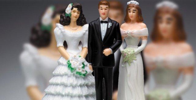 Δημόσια συγγνώμη και 300.000€ ζητά από τον «σιγανό» καρδιολόγο η εξαπατημένη σύζυγος
