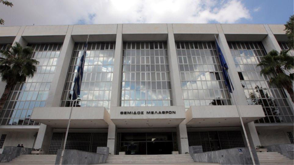 Απορρίφθηκε το αίτημα του συζύγου της Ελ.Ράικου για εξαίρεση των εισαγγελέων που χειρίζονται την υπόθεση Novartis