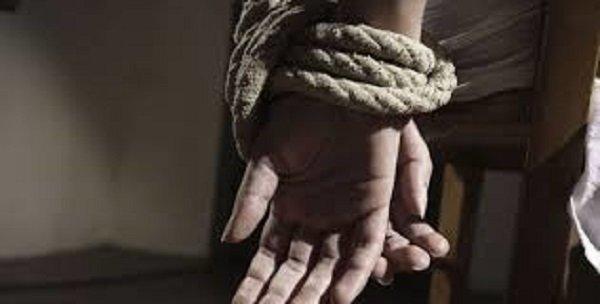 Όμηροι στα χέρια δύο Πακιστανών 17 μετανάστες