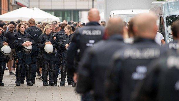 Γερμανία: Αποκαλύψεις για ακροδεξιό πυρήνα στην Αστυνομία της Φρανκφούρτης