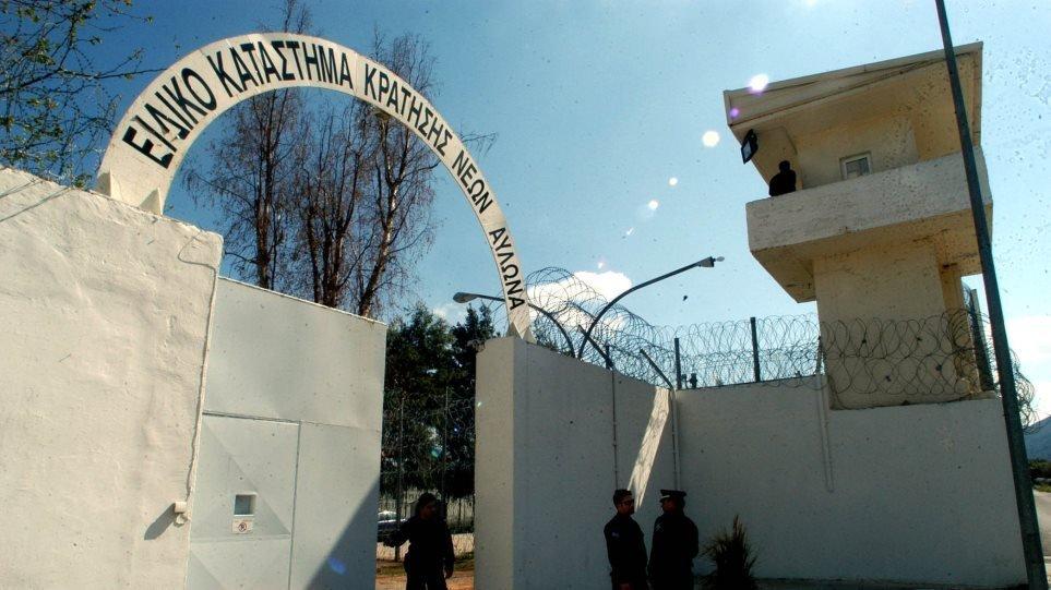 Διαψεύδουν το βιασμό του 19χρονου οι κρατούμενοι των φυλακών  Αυλώνα.
