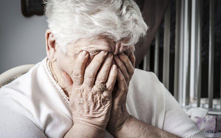 Επ' αυτοφώρω σύλληψη 59χρονου που εξαπατούσε ηλικιωμένους