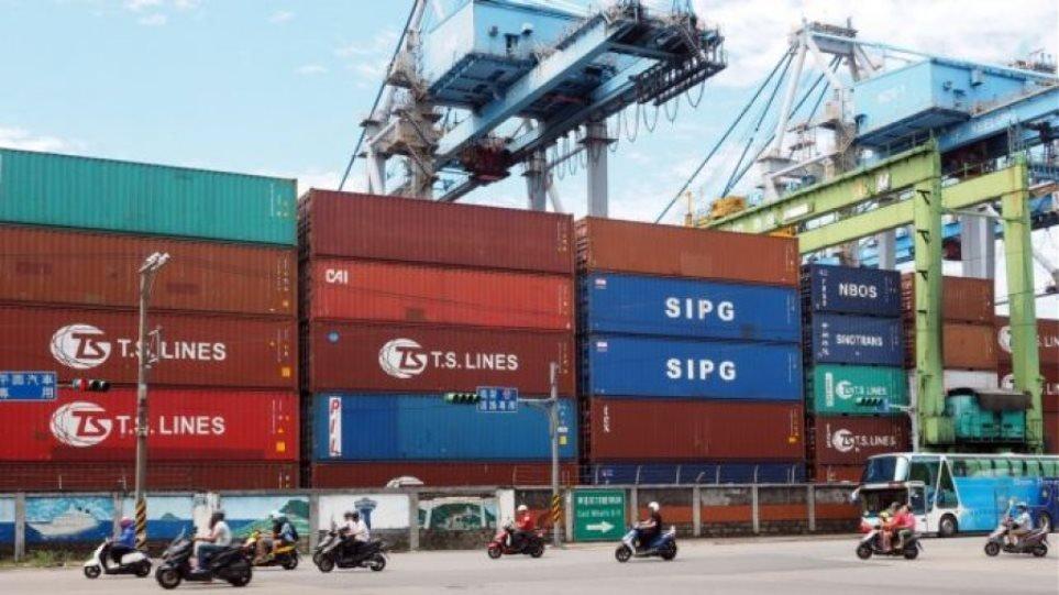 Politico: Πρόστιμο 200 εκατ. στην Ελλάδα για δίκτυο απάτης με κινεζικά προϊόντα