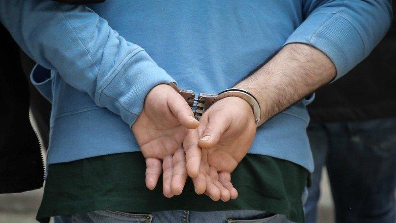 Συνελήφθη άνδρας που αυτοϊκανοποιήθηκε πάνω σε κοπέλα σε λεωφορείο στο κέντρο της Αθήνας