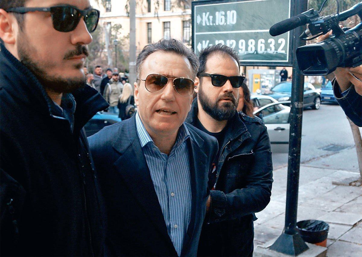 1.000.000 ευρώ (!) ζητά ο δημοσιογράφος Παν. Μουσσάς από την ΕΥΔΑΠ