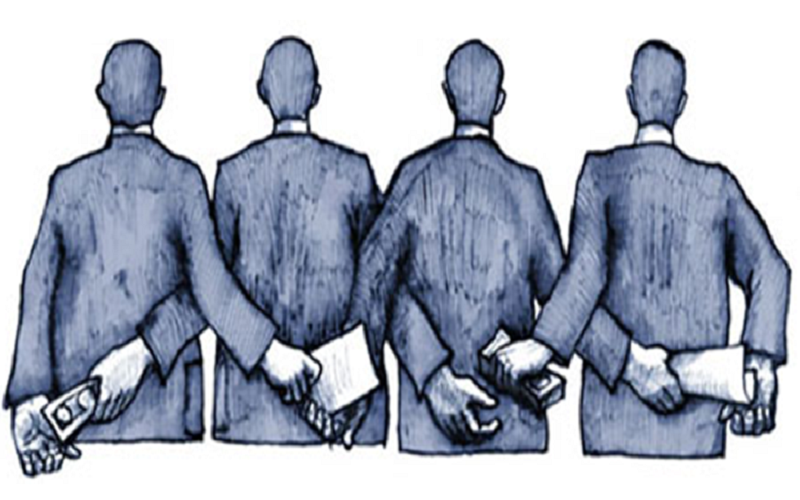 """Διαφθορά στην ΕΛ.ΑΣ.: Σε """"ανενεργές"""" θέσεις όλοι οι """"επίορκοι"""" αστυνομικοί μετά το πόρισμα της ΕΥΠ"""
