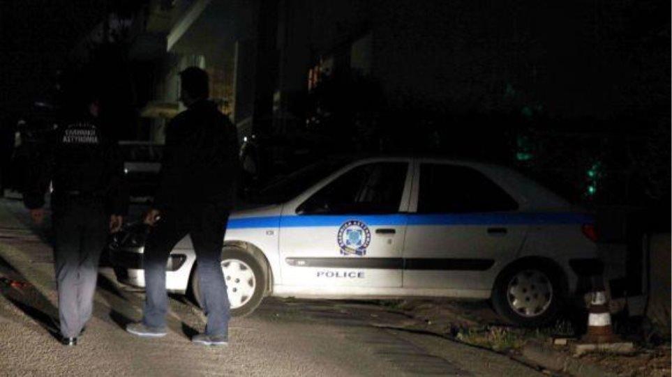 Νεάπολη: Εισβολή ένοπλων ληστών σε σπίτι στα Πεύκα