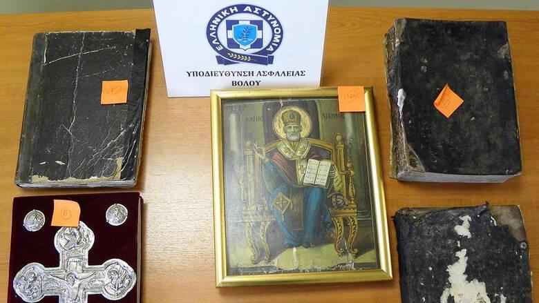 Βόλος: Ιερέας αποκάλυψε υπόθεση αρχαιοκαπηλίας