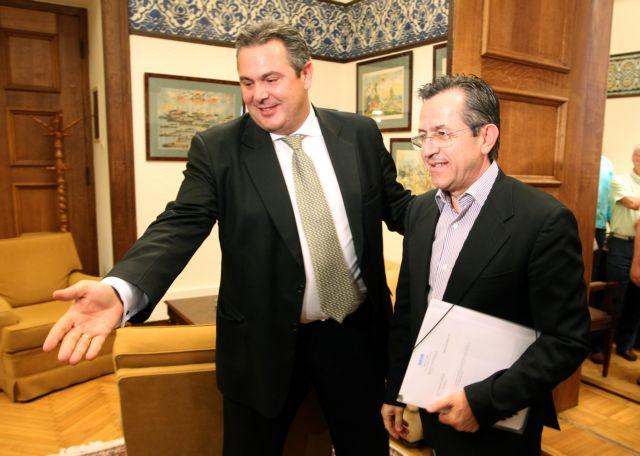 Καμμένος VS Νικολόπουλος: Στη δημοσιότητα έδωσε ο πρόεδρος των ΑΝΕΛ τα SMS