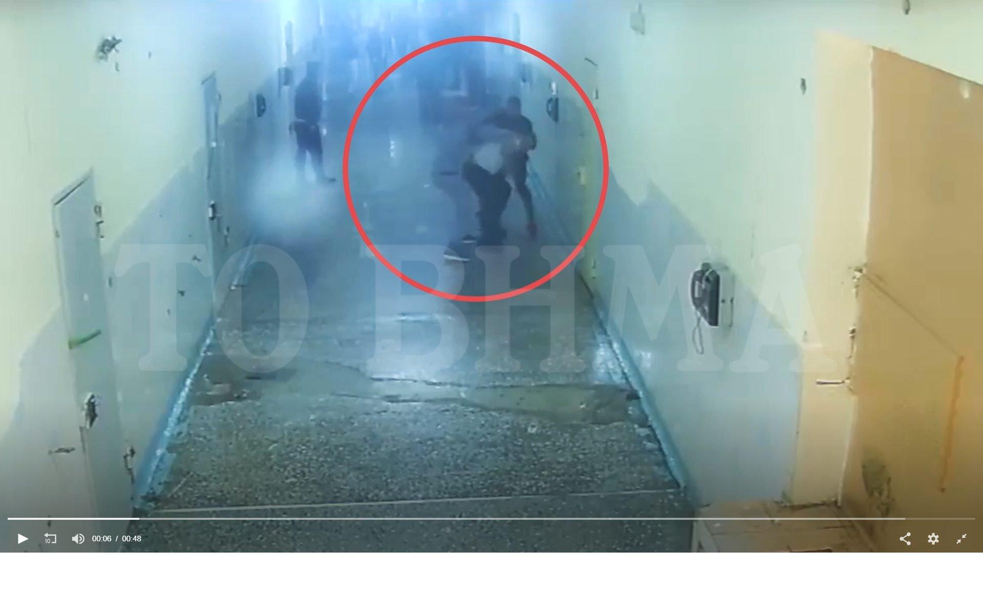 Σοκάρει το βίντεο της δολοφονίας κρατούμενου μέσα στον Κορυδαλλό – Χάος στις φυλακές (video)