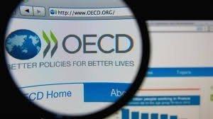 ΟΟΣΑ: 8 στους 10 Έλληνες θεωρούν ότι οι φόροι που πληρώνουν «δεν πιάνουν τόπο»
