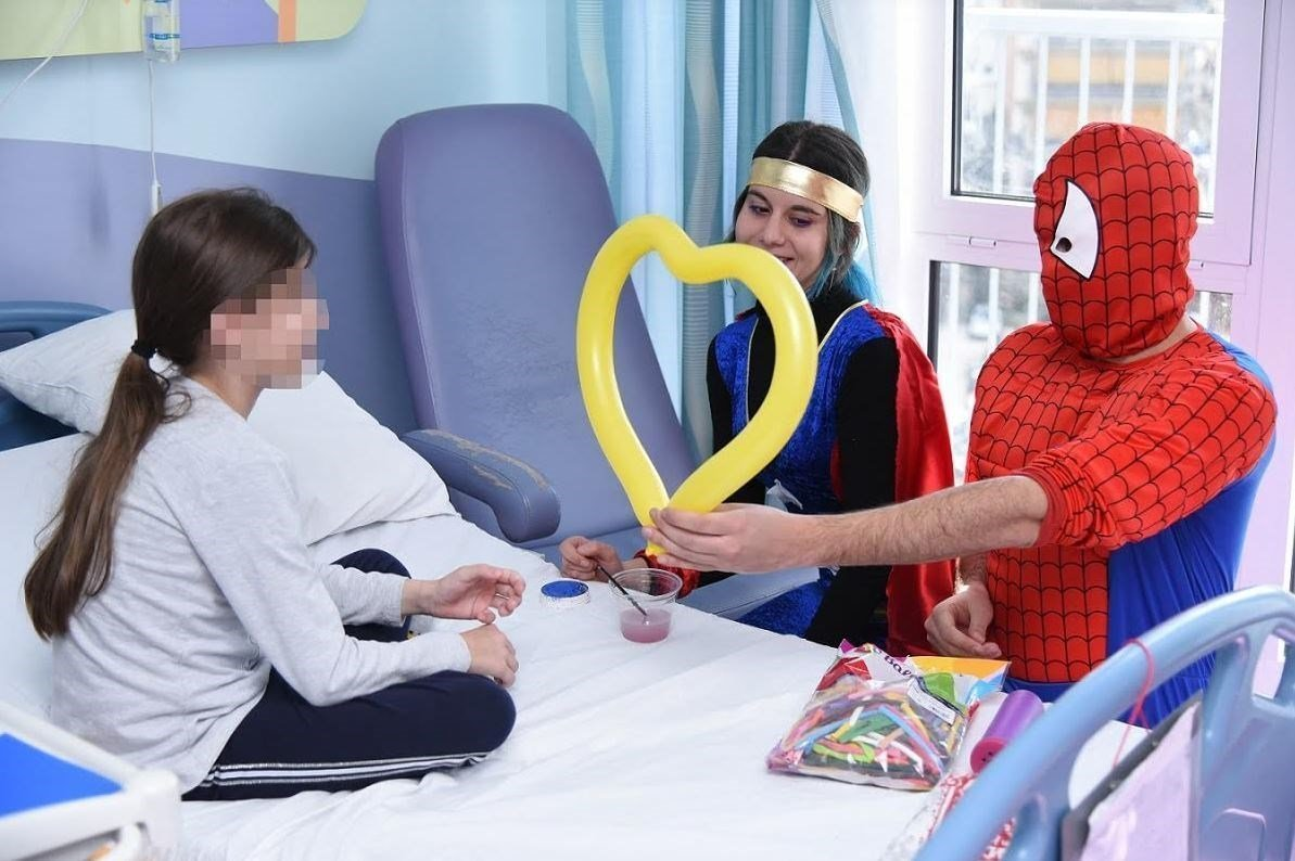 Αποκριάτικη γιορτή ανθρωπιάς από τον ΟΠΑΠ στα παιδιατρικά νοσοκομεία (video & φωτογραφίες)
