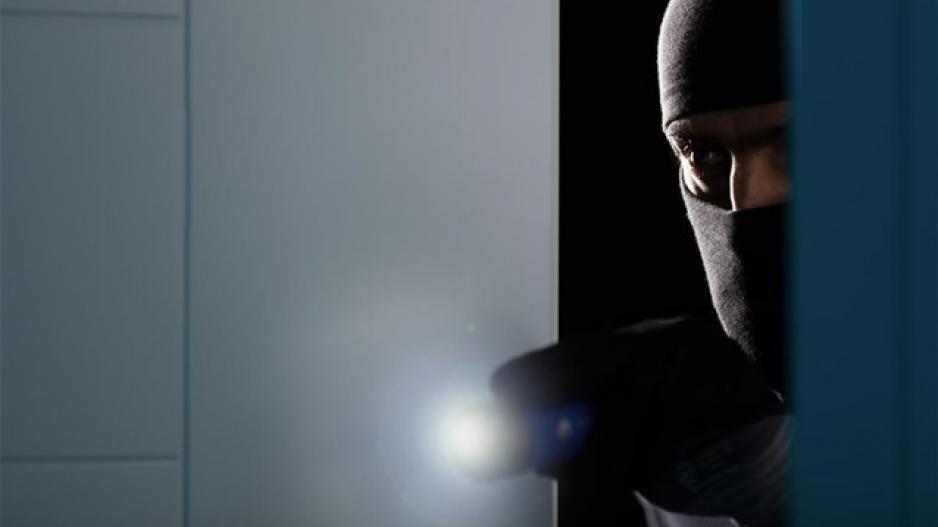 """Κλοπιμαία μέσω… e-shop: Θρασύτατη """"κομπίνα"""" κυκλώματος διαρρηκτών – ΒΙΝΤΕΟ"""