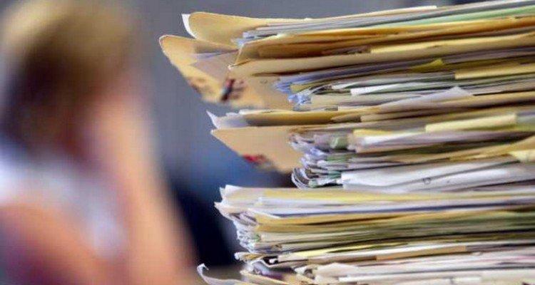 Αναδρομικά: 8 στους 10 δημοσίους υπαλλήλους προσφεύγουν στα δικαστήρια