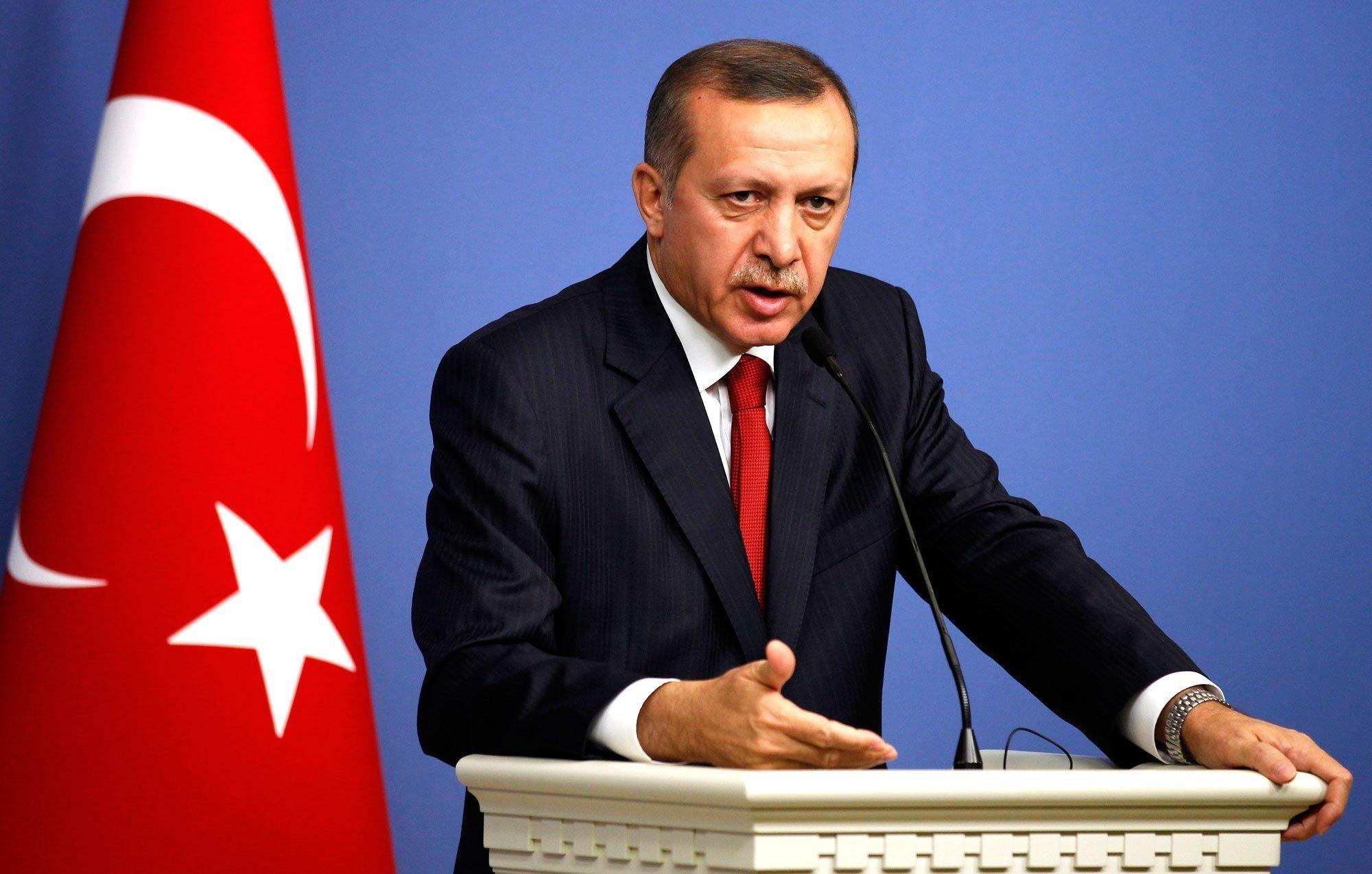Έξαλλος ο Ερντογάν: Κατέθεσε μήνυση κατά του Γκερτ Βίλντερς – Το σκίτσο που τον εξόργισε