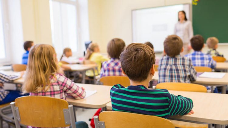 Πώς θα ανοίξουν τα σχολεία τη Δευτέρα – Τι προβλέπει η ΚΥΑ που θα ισχύει έως τις 30 Ιουνίου 2021