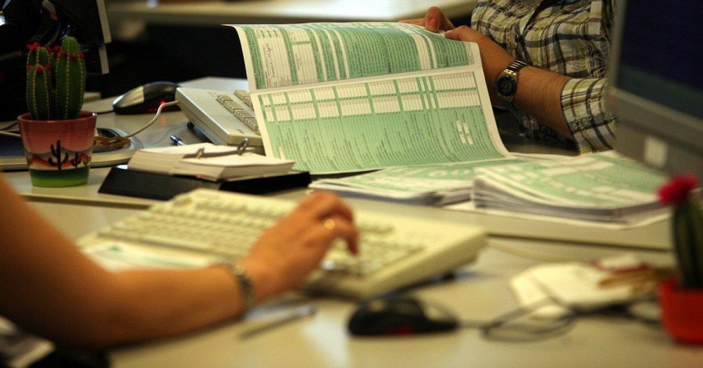Παρατείνεται ως τις 29 Ιουλίου η προθεσμία υποβολής φορολογικών δηλώσεων