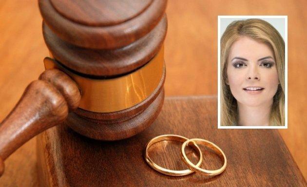 Κατερίνα Φραγκάκη: Ο «γολγοθάς» των διαζυγίων