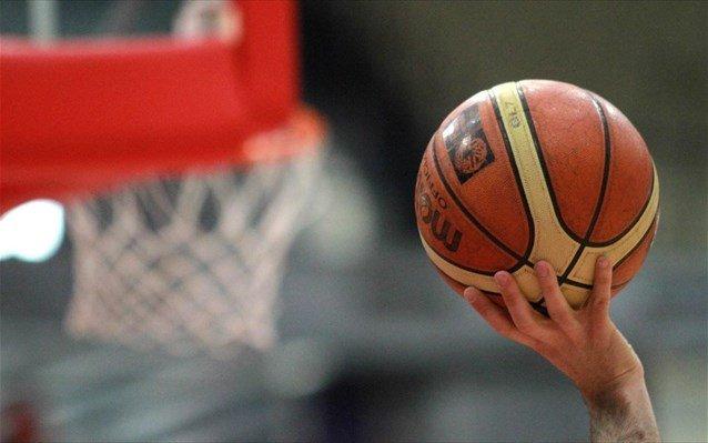 Απίστευτες καταγγελίες για πασίγνωστο μπασκετμπολίστα από την πρώην σύντροφό του