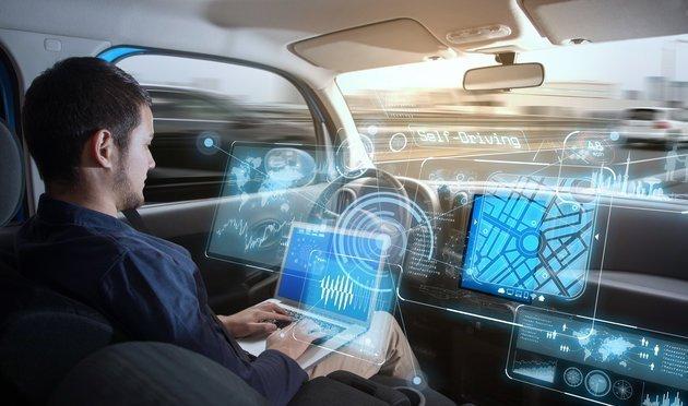 Η Ευρώπη επιστρατεύει νέες τεχνολογίες για τη μείωση των τροχαίων