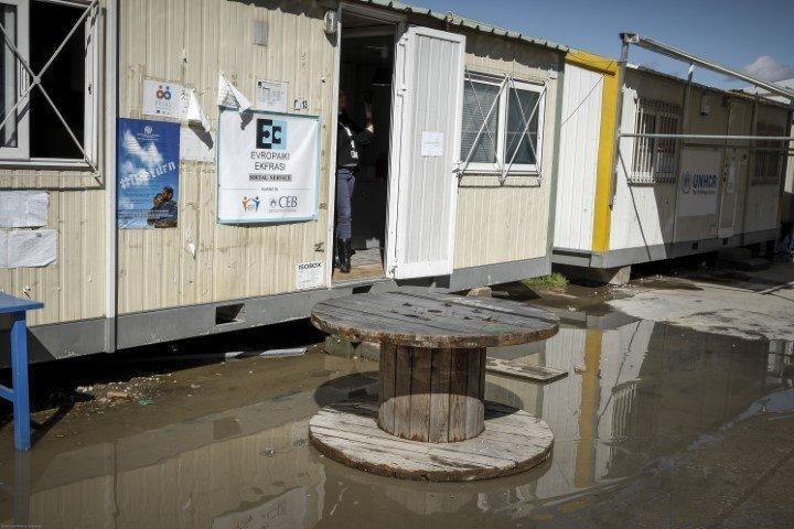 Αστυνομική επιχείρηση στη δομή φιλοξενίας προσφύγων του Ελαιώνα