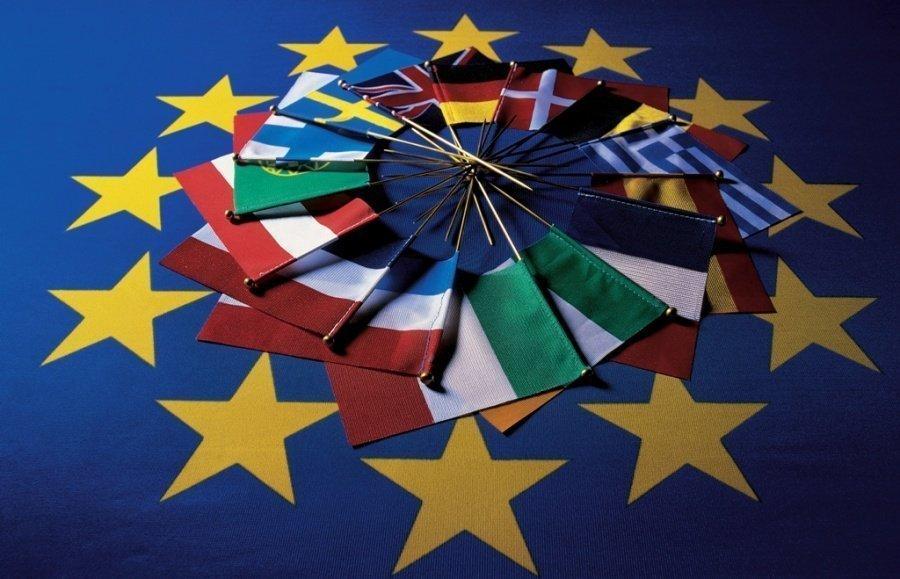 Έρευνα: Η Ευρωπαϊκή Ένωση θα καταρρεύσει τα επόμενα 20 χρόνια!