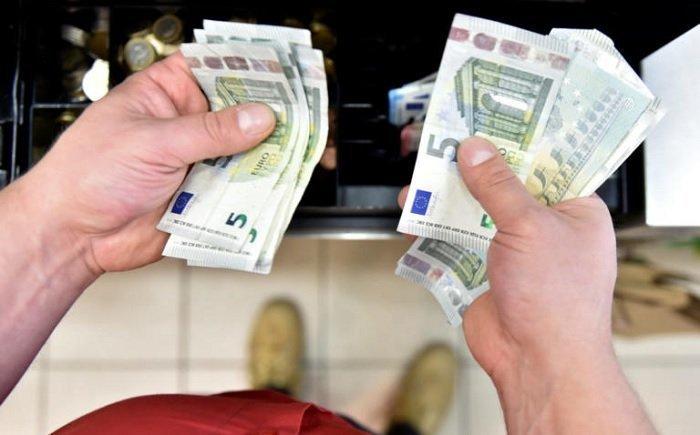 Μισθοί πείνας για τους Έλληνες εργαζόμενους – 251.000 χιλιάδες παίρνουν κάτω από 250€