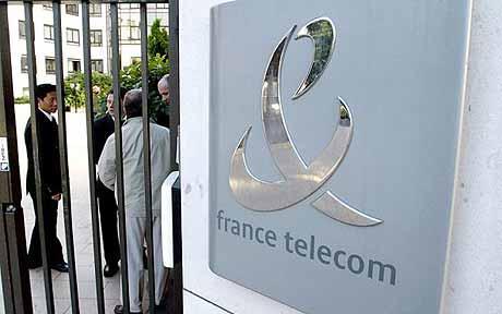 10 χρόνια μετά το κύμα των αυτοκτονιών στην France Telecom, αρχίζει σήμερα η δίκη για το «μάνατζμεντ του τρόμου»