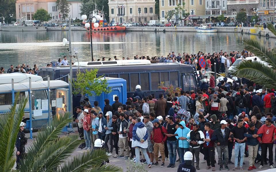 Μυτιλήνη: Αύριο η δίκη των 110 που συνελήφθησαν κατά την εκκένωση της πλατείας Σαπφούς τον Απρίλιο του 2018