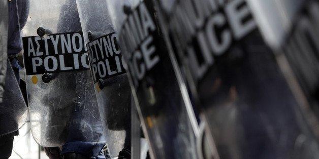 Τη συνδρομή ψυχολόγων ζητούν οι αστυνομικοί – Χωρίς τα προβλεπόμενα ψυχομετρικά τεστ οι μισοί αστυνομικοί που οπλοφορούν