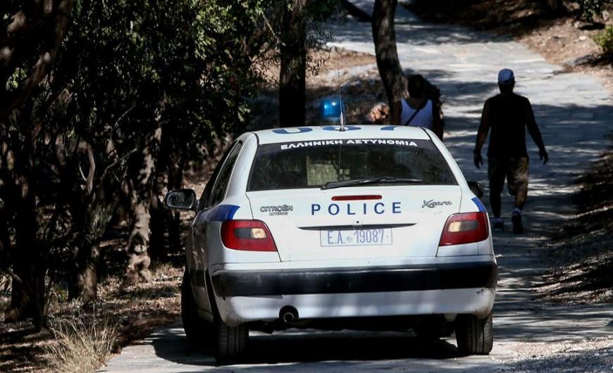 Σύλληψη 27χρονου για παράνομη μεταφορά αλλοδαπών