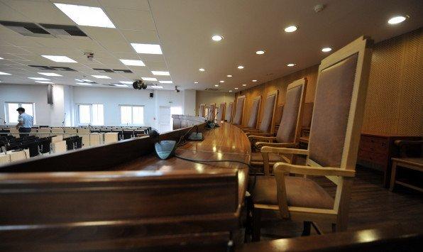 Αθώοι οι κατηγορούμενοι για τα αντισταθμιστικά των Σινούκ – Το δικαστήριο υιοθέτησε την εισαγγελική πρόταση
