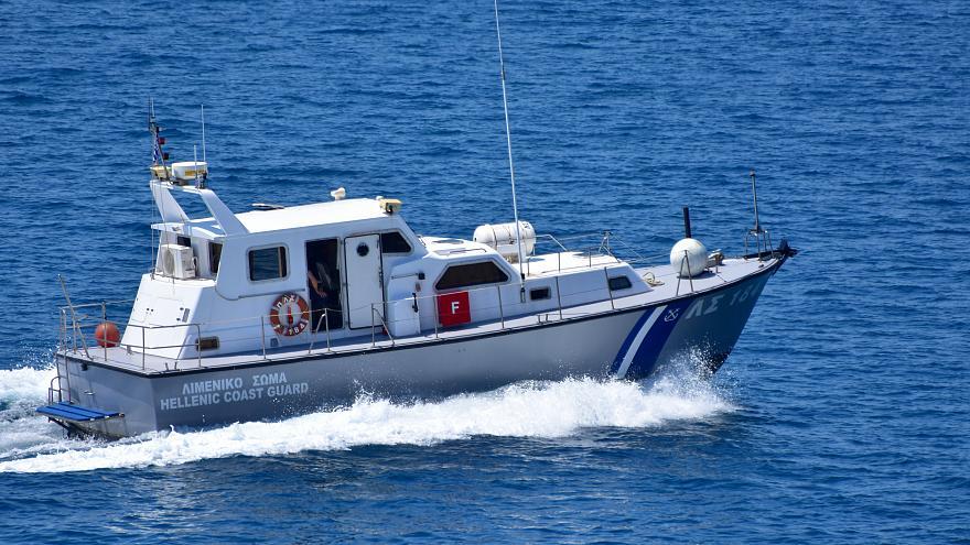 Πειραιάς: Πτώμα με σακούλα στο κεφάλι εντοπίστηκε στην παραλία Βοτσαλάκια