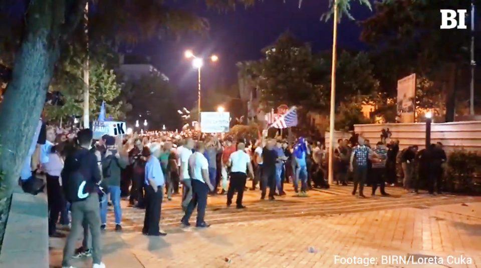 «Εμφύλιος» στην Αλβανία – Η ακύρωση των εκλογών άνοιξε (ξανά) το κουτί της Πανδώρας! (video)