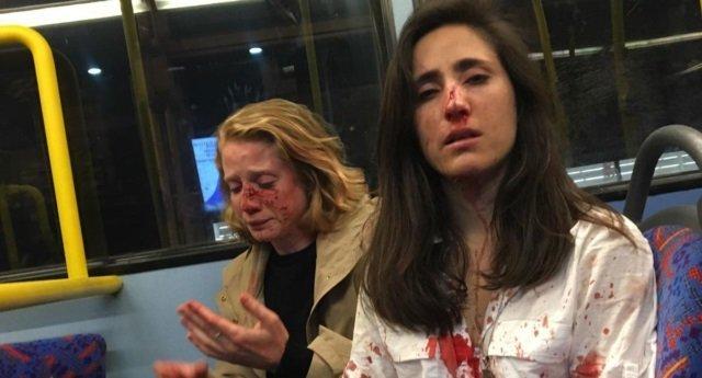 Ομοφοβική επίθεση εναντίον ζευγαριού μέσα σε λεωφορείο στο Λονδίνο