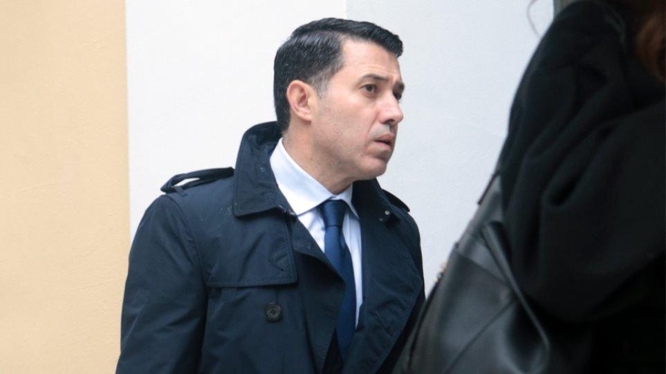 Ο Νίκος Μανιαδάκης κατονομάζει και μηνύει τους προστατευόμενους μάρτυρες στην υπόθεση Novartis