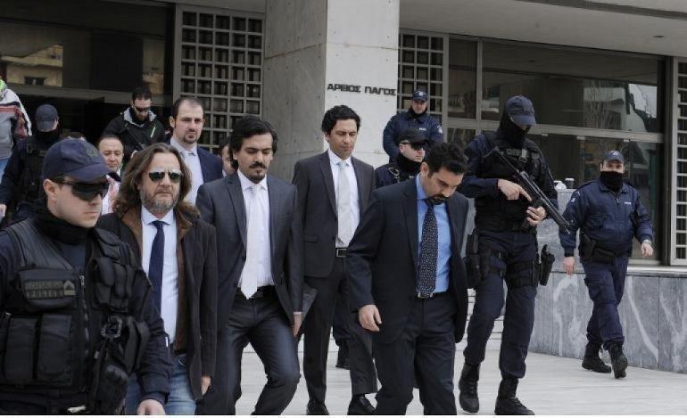 Την έκδοση των 8 αξιωματικών (ξανά) ζητά η Άγκυρα – Τι απαντά ο συνήγορός τους, καθηγητής Χρ. Μυλωνόπουλος.