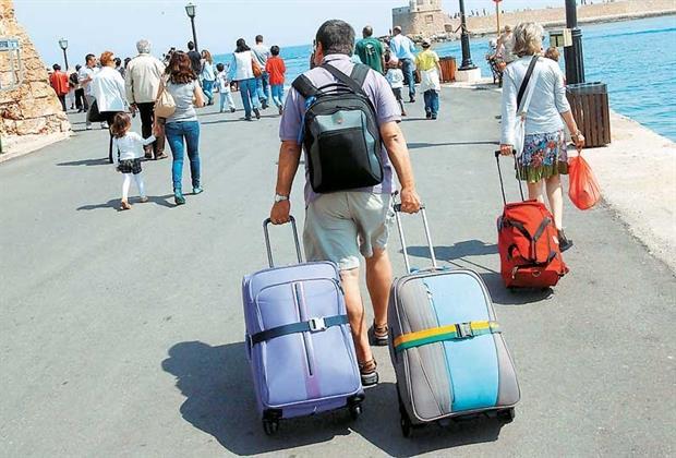 Χωρίς την υποχρέωση τεστ κορονοϊού οι ξένοι επισκέπτες