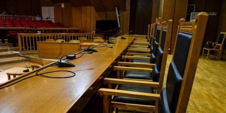 Κατάργηση ΦΠΑ για δικαστικές υπηρεσίες ζητούν οι δικηγόροι