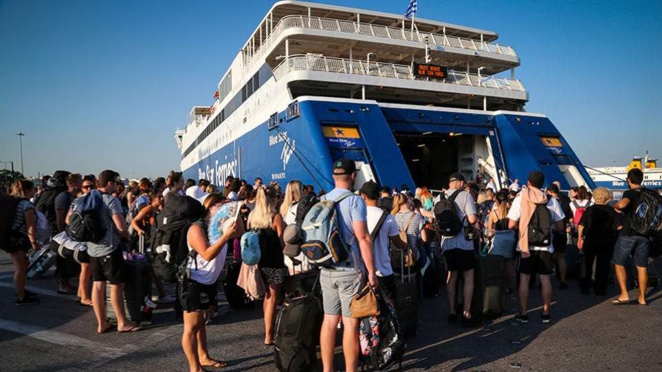 Με θερμομέτρηση στα πλοία και υποχρεωτική χρήση μάσκας και σε αεροπλάνα, ΚΤΕΛ – Στις έξι έκτακτη ενημέρωση Τσιόδρα-Χαρδαλιά