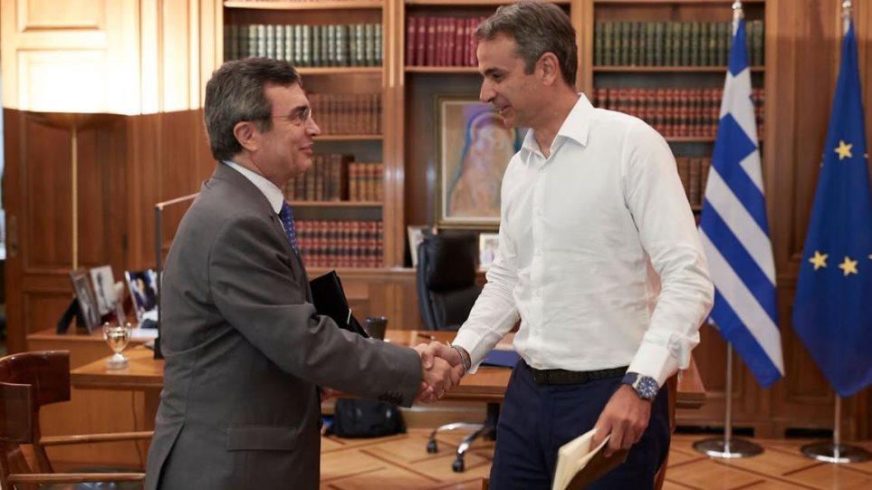 Έκτακτο σχέδιο για τη «μάστιγα» των τροχαίων στην Κρήτη – Συνάντηση Μητσοτάκη με υφ. Προστασίας του Πολίτη