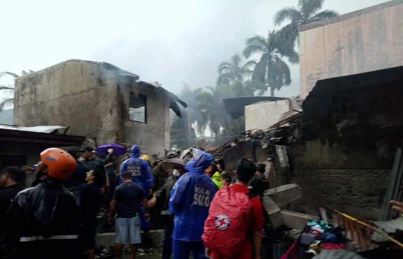 Δύο αεροπορικές τραγωδίες σε Νορβηγία και Φιλιππίνες – 14 οι νεκροί (video)