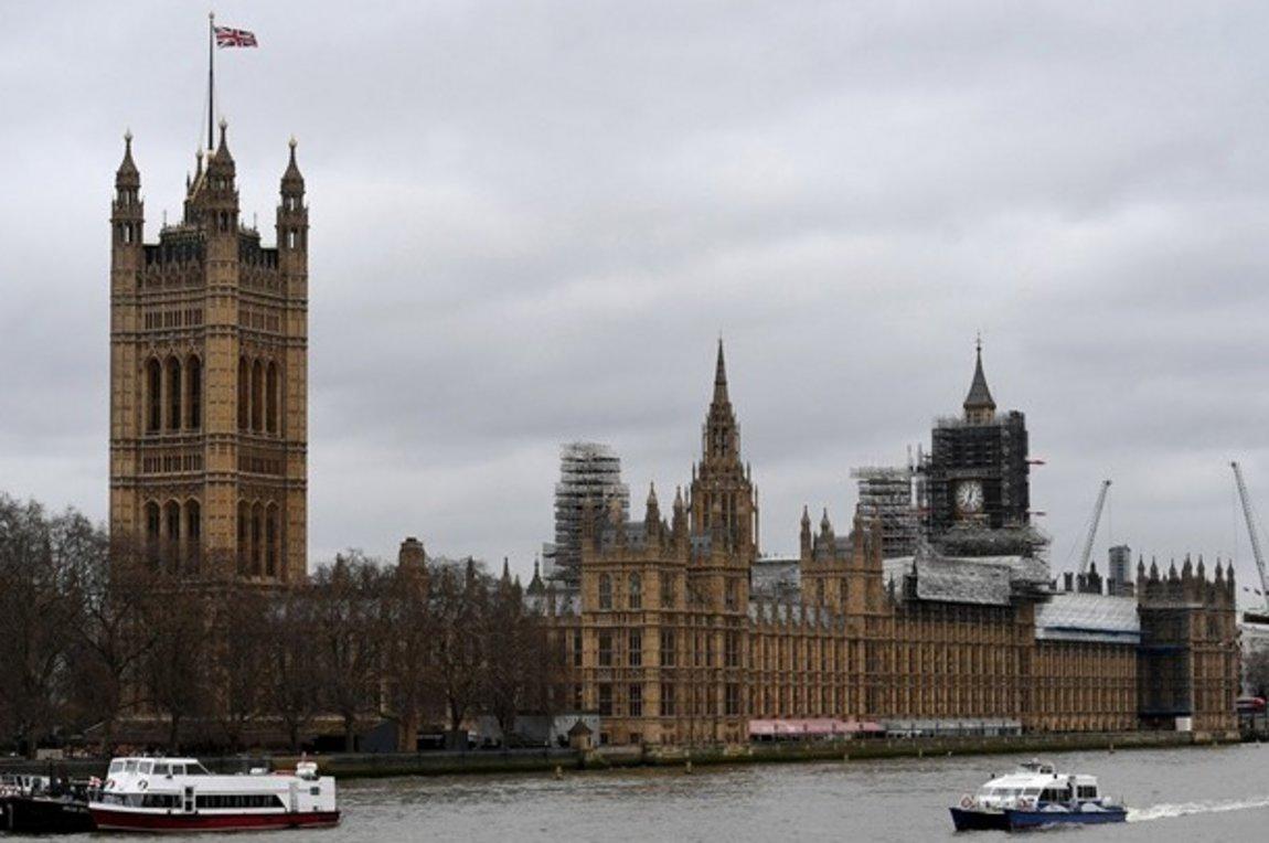 Βρετανία: Περισσότερα από 20 δισ. στερλίνες διέθεσε το ΥΠΟΙΚ για τους εργαζόμενους σε αναστολή