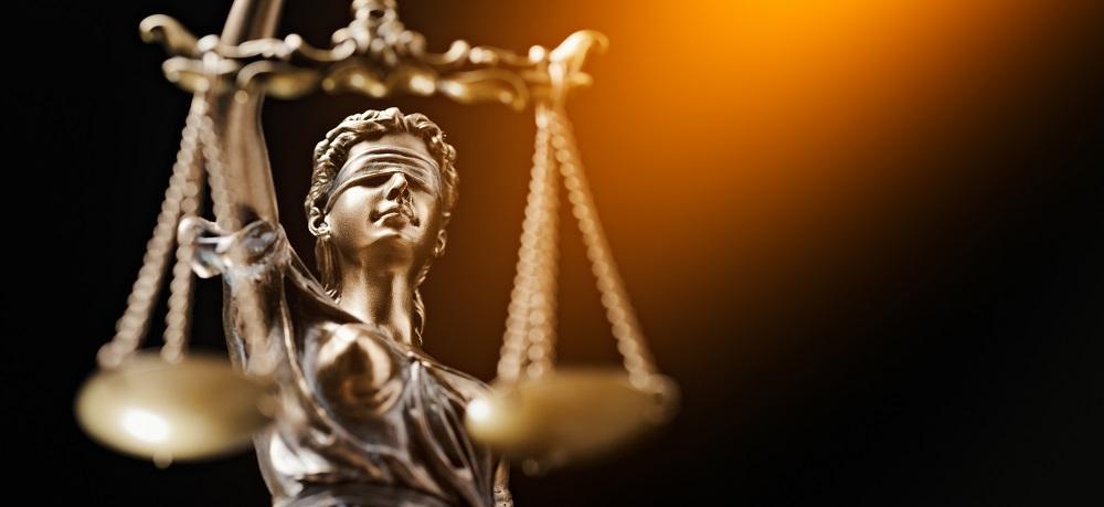 Απαγορευμένη η μη χορήγηση άδειας ανατροφής τέκνου σε εργαζόμενο Α.Ε. δημοσίου συμφέροντος